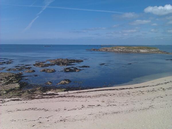 La plage située à 100 m du Hameau de Portivy